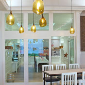 Thumbs 54112 Dining Area American Eats Vincent Celano Design Group.jpg